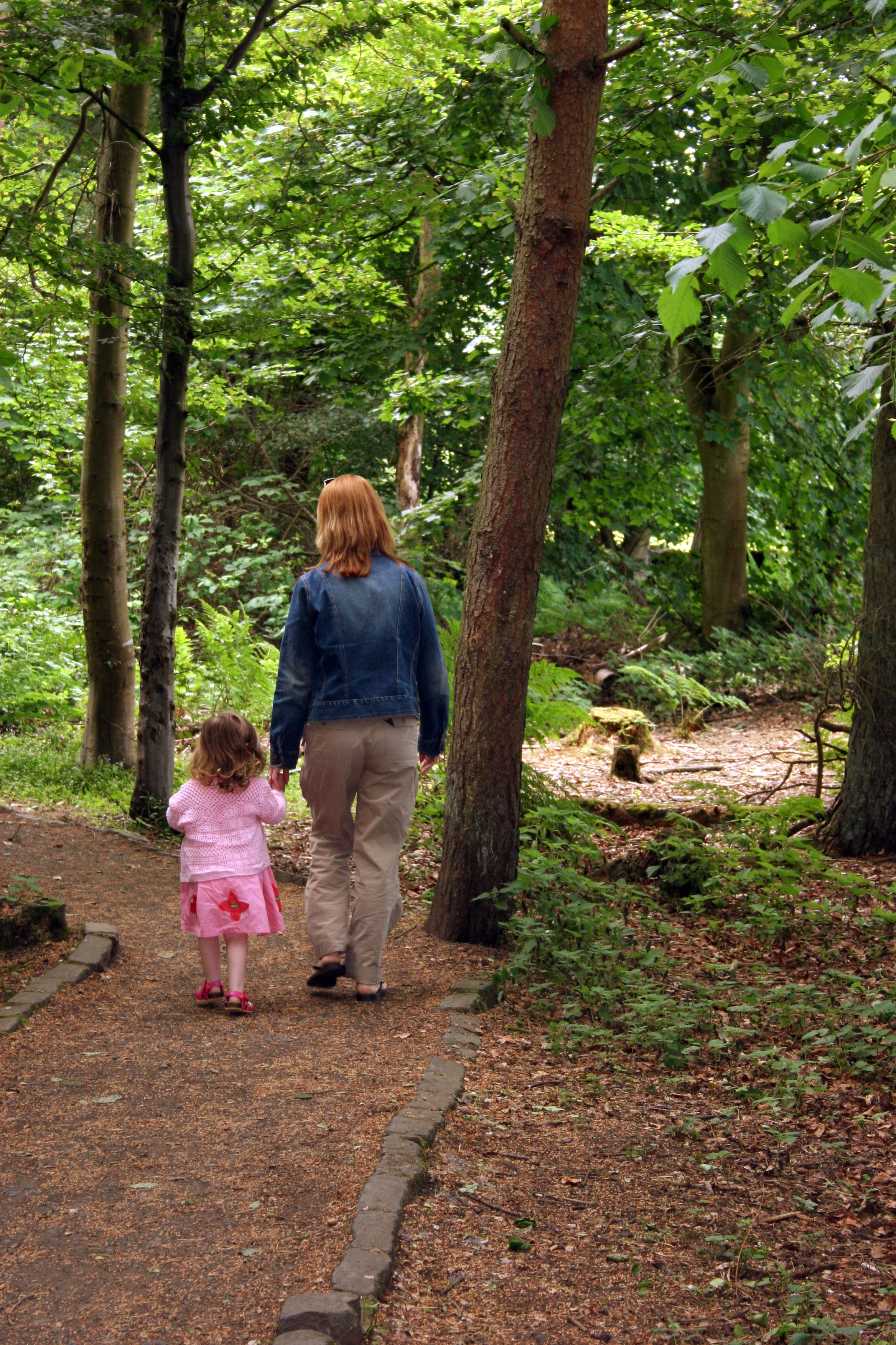 Mother and daughter. Image courtesy of Morguefile.com user hotblack