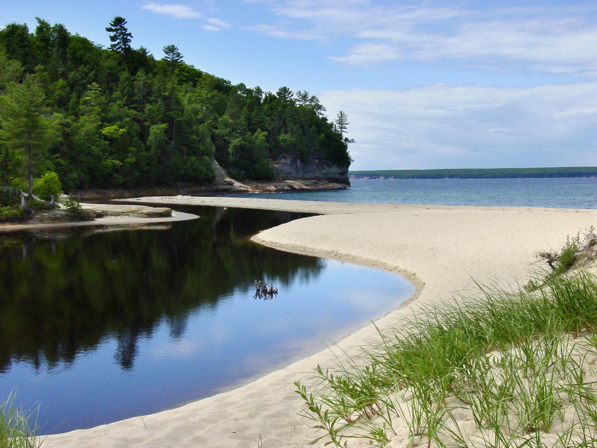 Pictured Rocks National Lakeshore, Lake Superior. Image credit: Michigan Sea Grant
