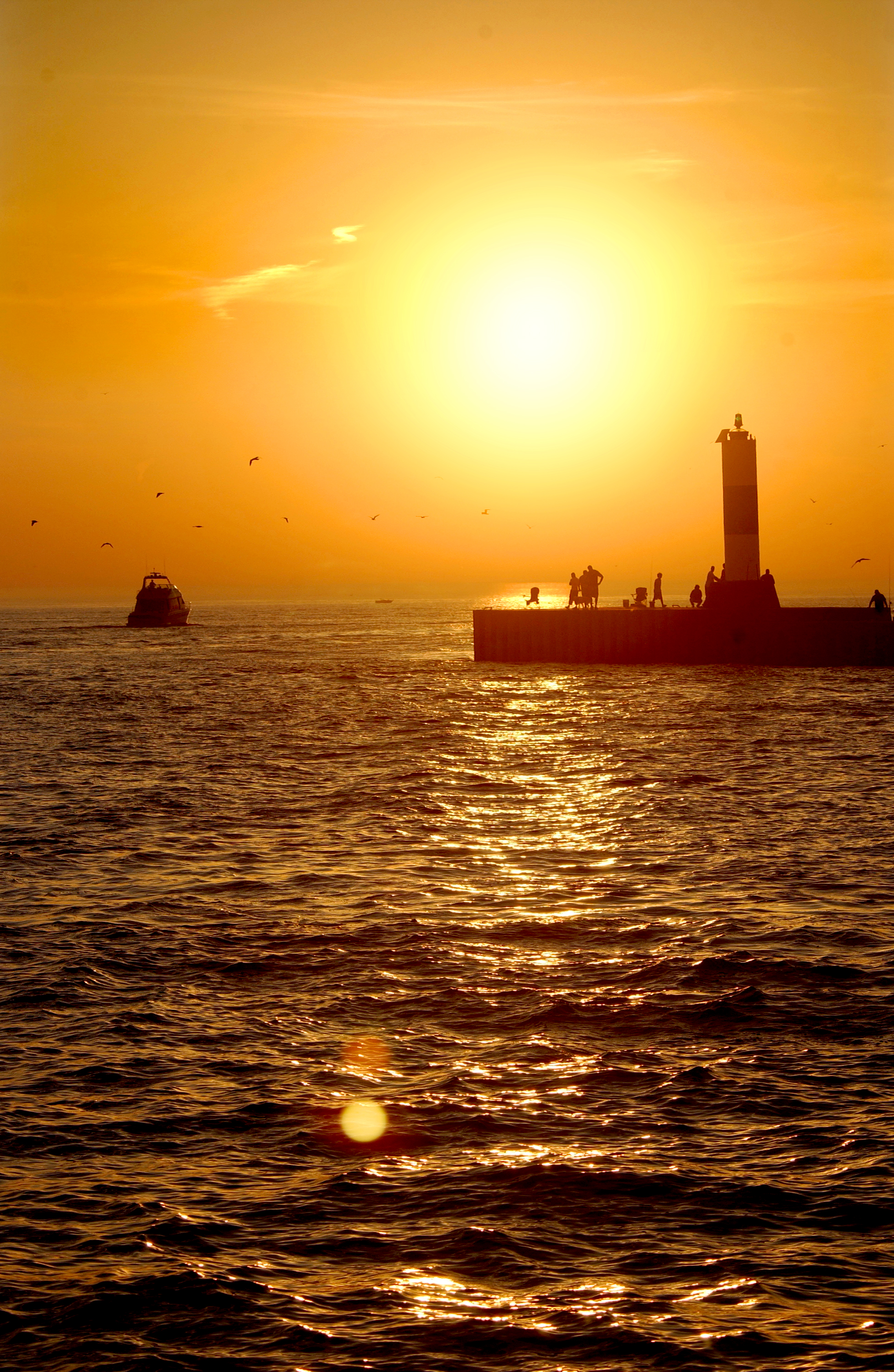 Grand Haven Pier at sunset. Image credit: Michigan Sea Grant via flickr.com