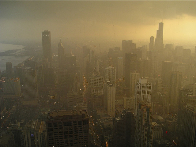 Smog over Chicago. Image credit: flickr.com user sfquixote
