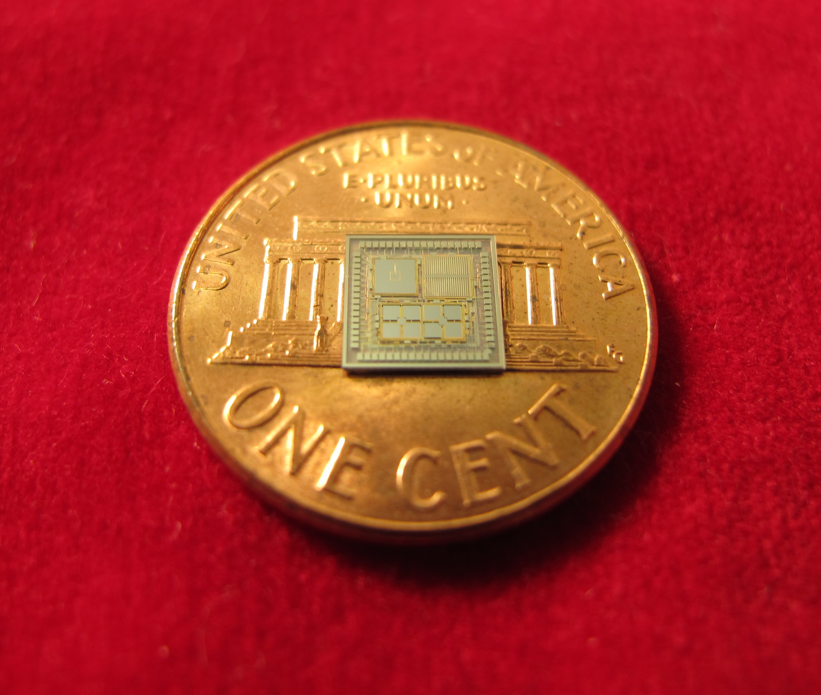 "This tiny ""timing inertial measurement unit"" could take over when GPS is unavailable. Image credit: Yi Yuan"