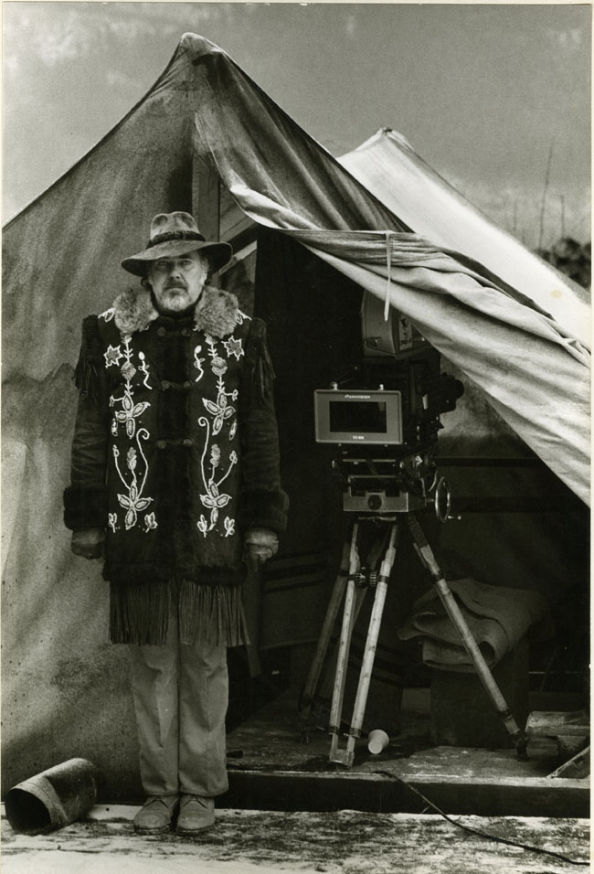 "Robert Altman on the set of ""McCabe & Mrs. Miller"" (1971). Image courtesy of the Special Collections Library at the University of Michigan."