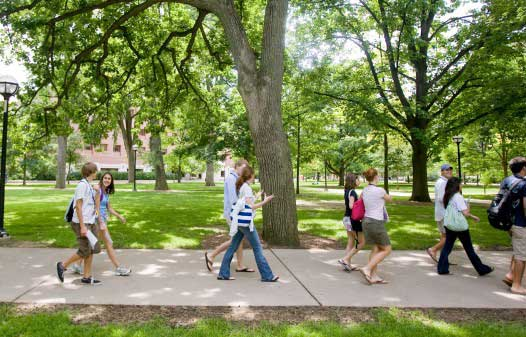U-Michigan will test new approach to reaching high-achieving, low-income students