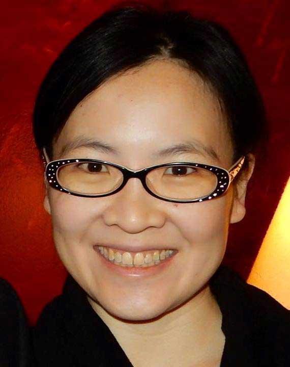 Yuen Yuen Ang.