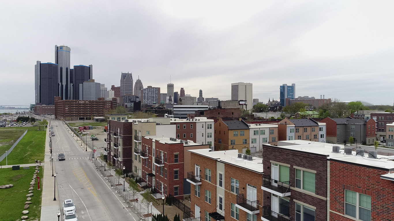 Aerial view of Detroit with residential buildings. Image credit: iStock