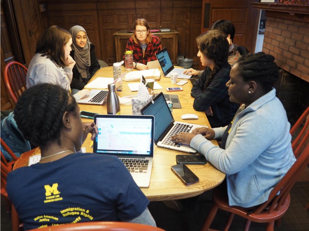 No ano passado, quando estudantes se reuniram no Ginsberg Center e descobriram para onde estavam indo.