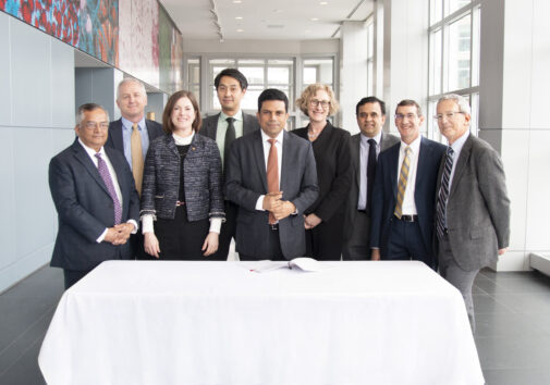 Representatives from U-M and Sun Pharma Advanced Research Company (SPARC) sign an agreement to provide up to $10 million for drug discovery research at U-M. Pictured (left to right): Nitin Damle, Jim Dalton, Kelly Sexton, Michael Choi, Anil Raghavan, Rebecca Cunningham, Rajesh Ranganathan, Peter Toogood, Roger Cone. Image credit: Rajani Arora, Life Sciences Institute