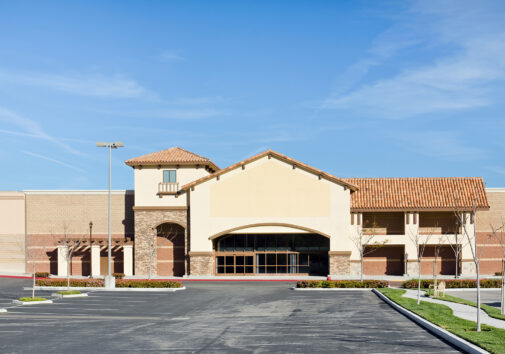 Vacant retail building. Image credit: iStock