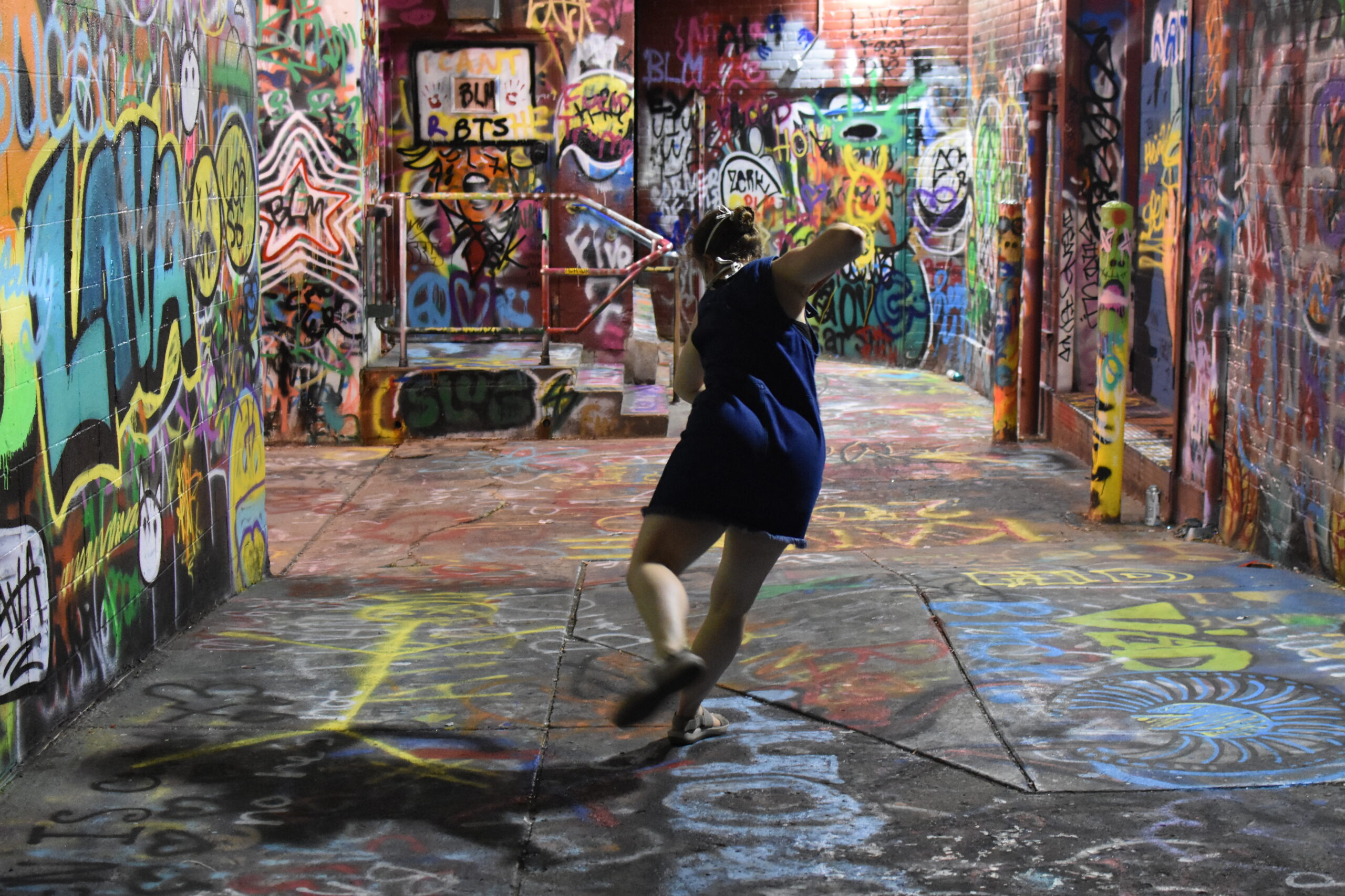 hrough live-streaming and other technologies, Ann Arbor alleyways and parks become outdoor stages accessible to many.