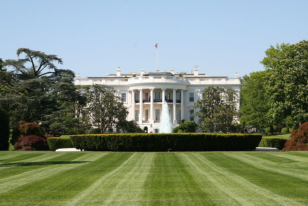 Southern Lawn of the White House. Image credit: Mark Skrobola, Wikimedia Commons