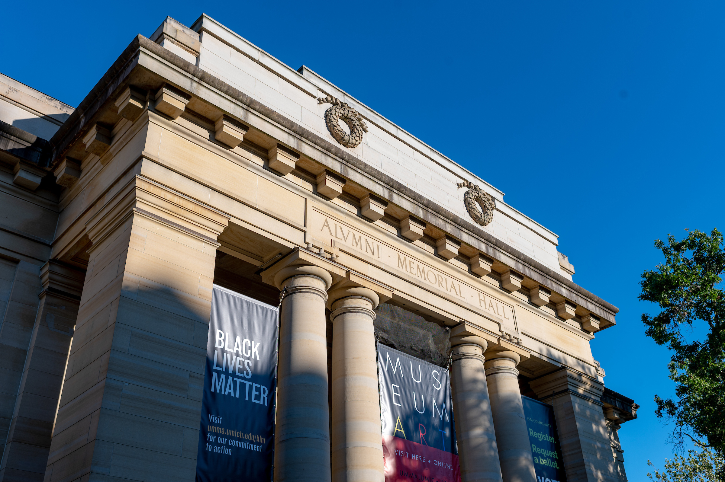 As part of a commitment to anti-racist actions during thr 2020-21 year, University of Michigan Museum of Art installed a Black Lives Banner at their Alumni Memorial Hall entrance. Image credit: Eric Bronson/Michigan Photography.
