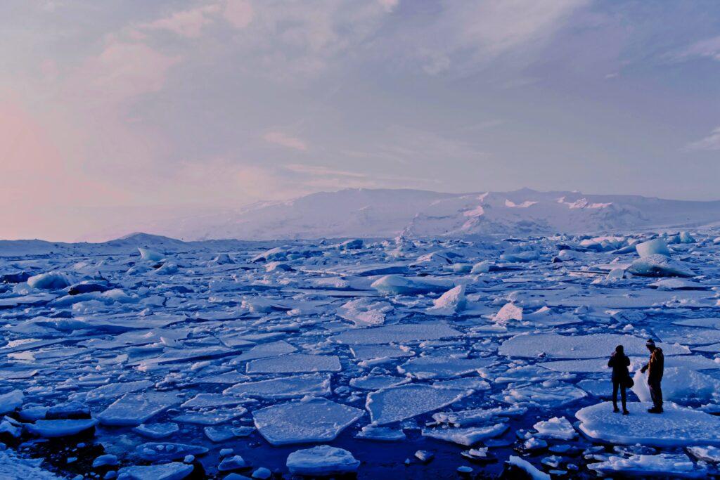 Melting glaciers. Image credit: Roxanne Desgagnés via UnSplash.com