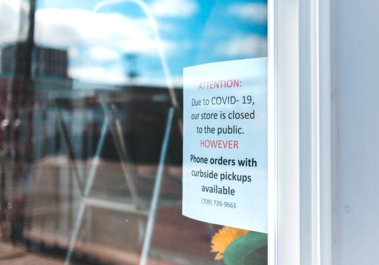 Closed due to coronavirus sign. Image credit: Erik Mclean on Unsplash