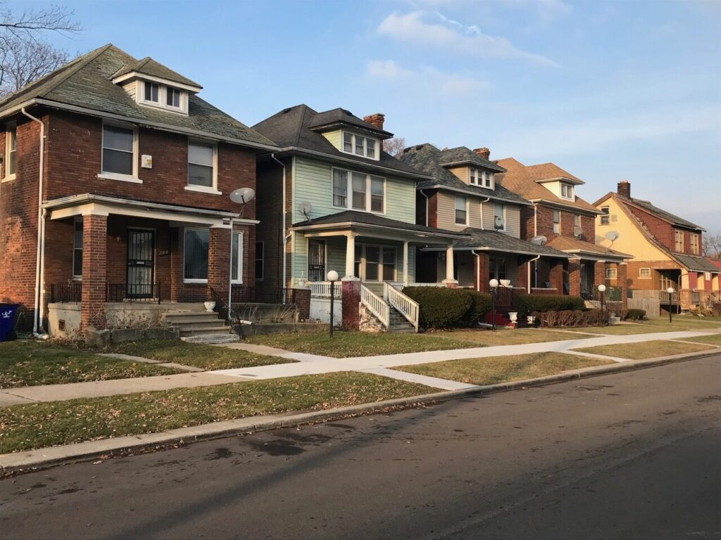 Houses in Detroit. Image credit: Poverty Solutions
