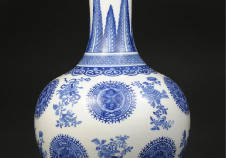Vase, China, Qing dynasty (18th century), soft past porcelain with blue underglaze and painting, Promised gift of William C. Weese, PG2020.2.10. Images courtesy: U-M Museum of Art
