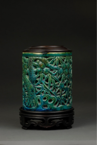 Brush Holder, China, Qing dynasty, Kangxi reign (1662 - 1722), porcelain with glaze, Promised gift of William C. Weese, M.D., LSA '65, PG2020.2.60A&B. Images courtesy: U-M Museum of Art