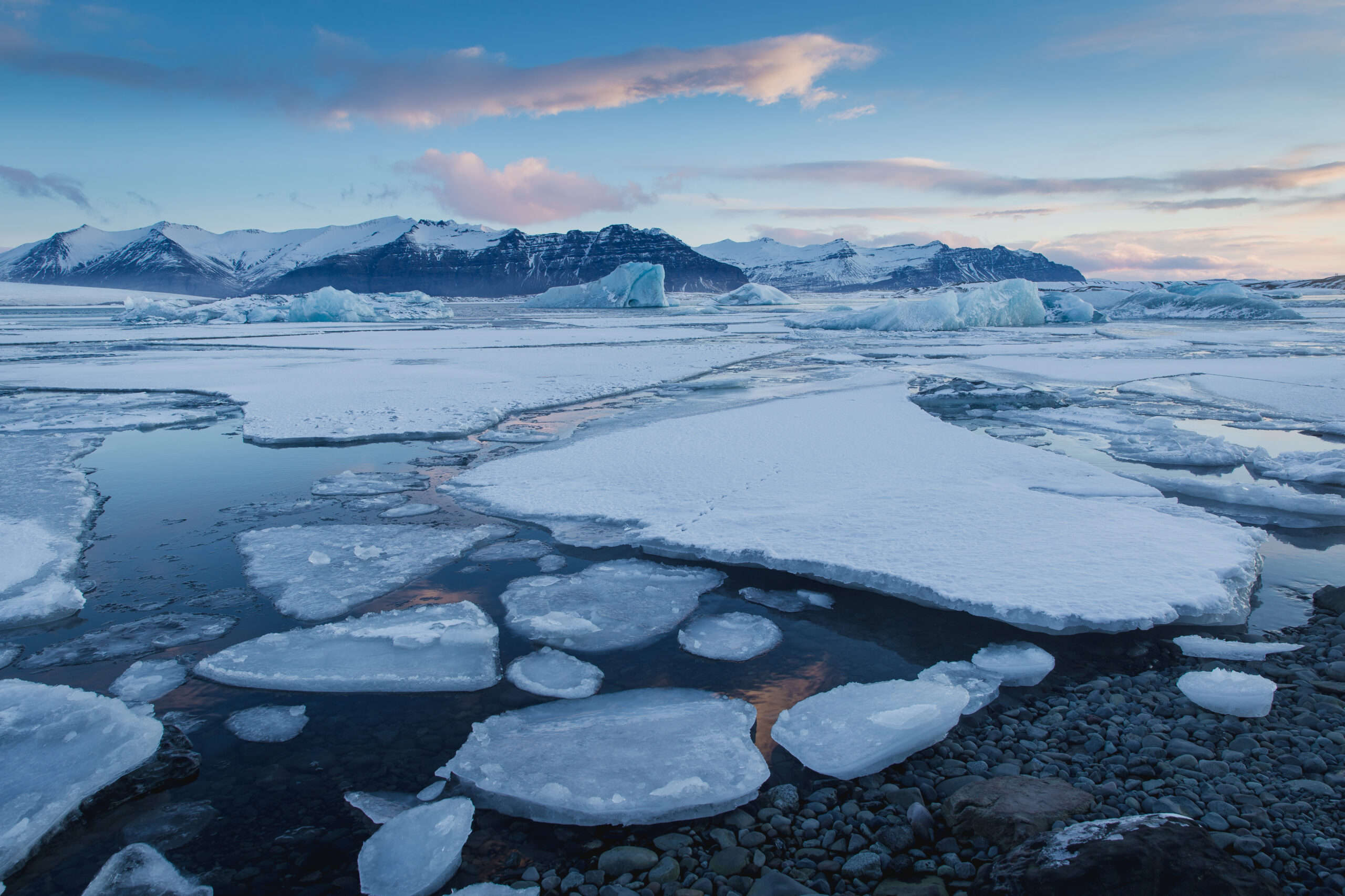 Glaciers melting due to global warming. Image credit: iStock.